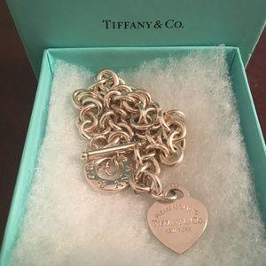 Tiffany & Co (PRTT) Heart Charm Toggle Necklace